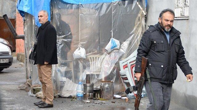 Gecekondudaki esrarengiz kazıya MİT'ten de bir ekip destek veriyor