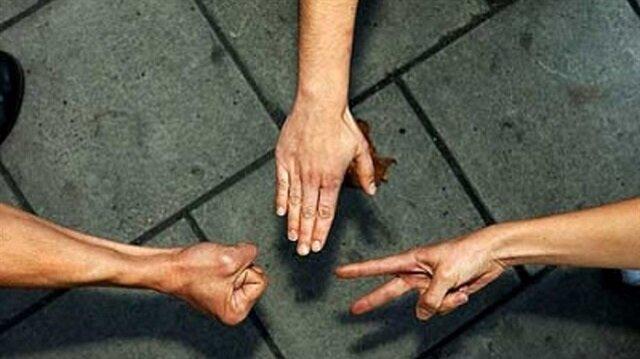 Efsanevi taş-kağıt-makas oyununda her zaman kazanmak ister misiniz?