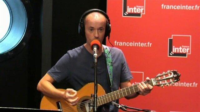Fransız şarkıcı açık açık Reina'daki terör saldırısını övdü