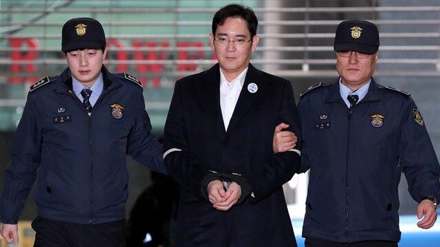 Samsung veliahtına şok hapis cezası