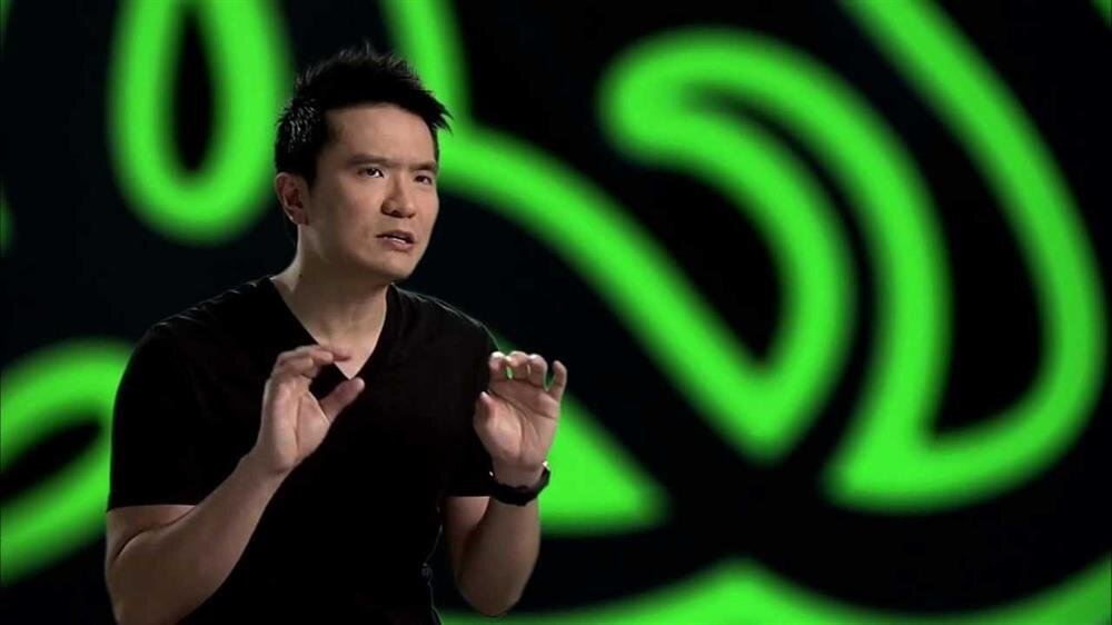 2005 yılından bu yana şirketin CEO'su olarak görev yapan Min-Liang Tan, oyuncular için üretilen özel ürün ve ekipmanların tasarım / gelişim sürecini anlık kontrol ediyor.