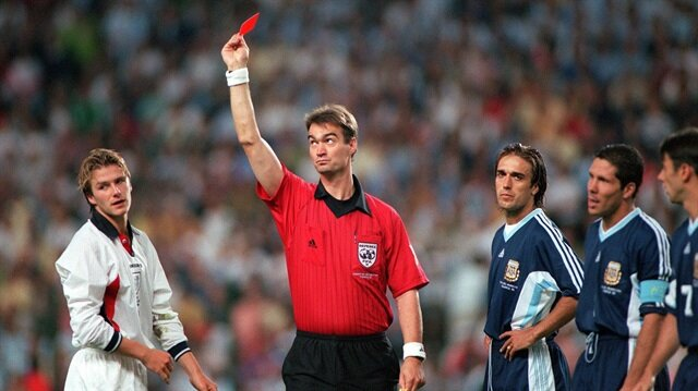 Kırmızı öfke: David Beckham