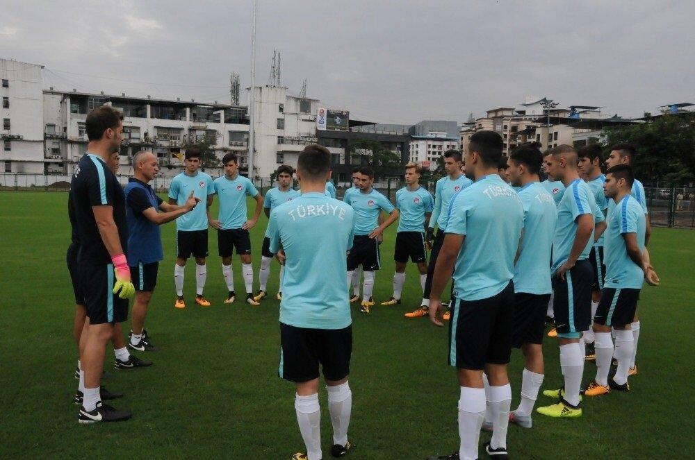 Milli Takım, grupta Yeni Zelanda ile 1-1 kalırken, Mali'ye de 3-0 yenilmişti.