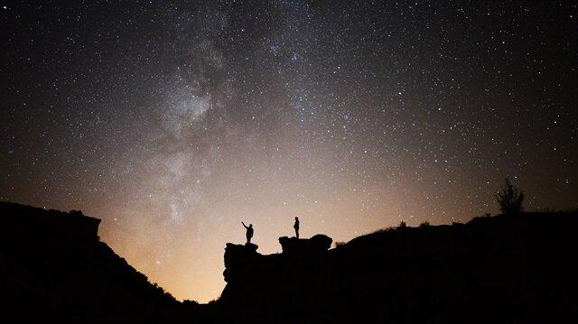 Orionid meteor yağmuru sırasında çekilen etkileyici fotoğraflar