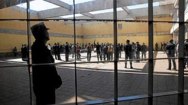 İspanya, göçmenleri 'yer yok' diyerek cezaevine koydu!