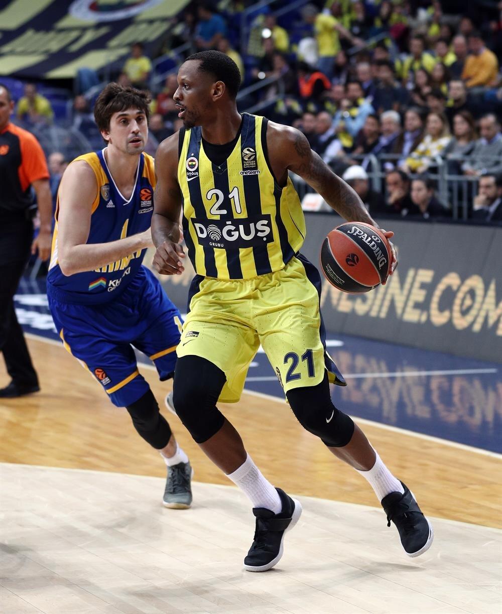 Fenerbahçe Doğuş deplasmanda Barcelona ile karşı karşıya gelecek.