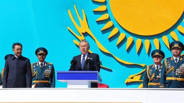 'Türk tarihinin atası' Kazakistan bağımsızlığının 26. yılını kutluyor