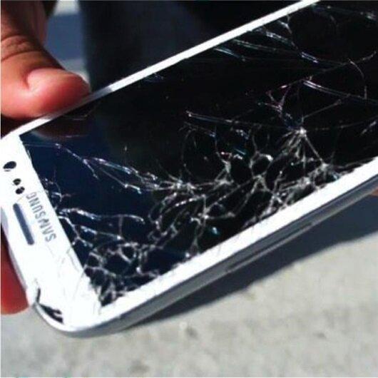Telefon ekranı kırık olanlara müjde: Kendi kendini onaracak