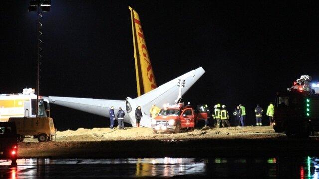 Trabzon Havalimanı'nda yolcu uçağı pistten çıktı: 162 yolcu tahliye edildi