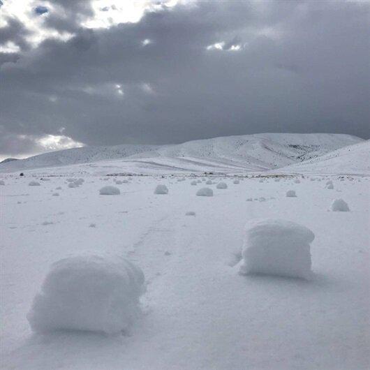 Kayseri'de köylüleri şaşırtan kar topları