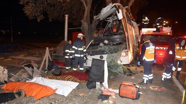 Eskişehir'de gezi otobüsü kaza yaptı: 11 ölü, 44 yaralı