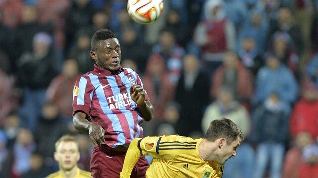 Trabzonsporlu eski futbolcu Porto'ya imza attı
