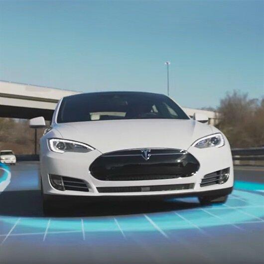 Tesla sürücüleri otomatik pilotun komutlarını yerine getirmezse ne olur?