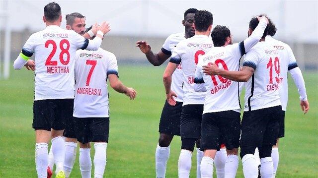 Lider Ümraniyespor'dan Gaziantepspor'a ağır darbe: 7-0