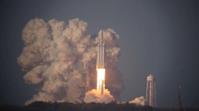 Falcon Heavy ayrılma roketlerinin en net görüntüsü böyle kaydedildi