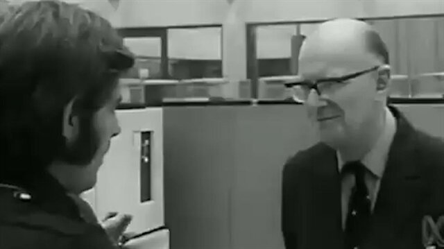 1974 yılında verdiği röportajda 2000'li yılları gören bilim kurgu yazarı