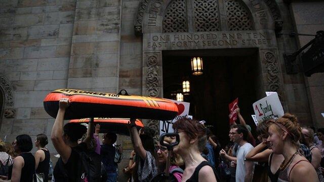 New York'ta binlerce kişi göçmen ve mültecilere destek için yürüdü
