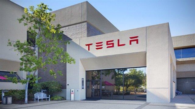 Tesla, eski çalışanını 'verileri ele geçirdiği' için dava etti