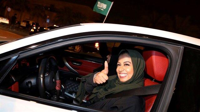 Suudi kadınlar nihayet direksiyonda