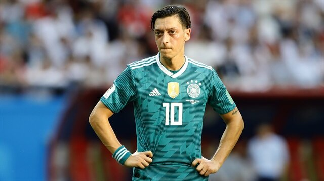Mesut Özil sessizliğini bozdu: Pişman değilim!