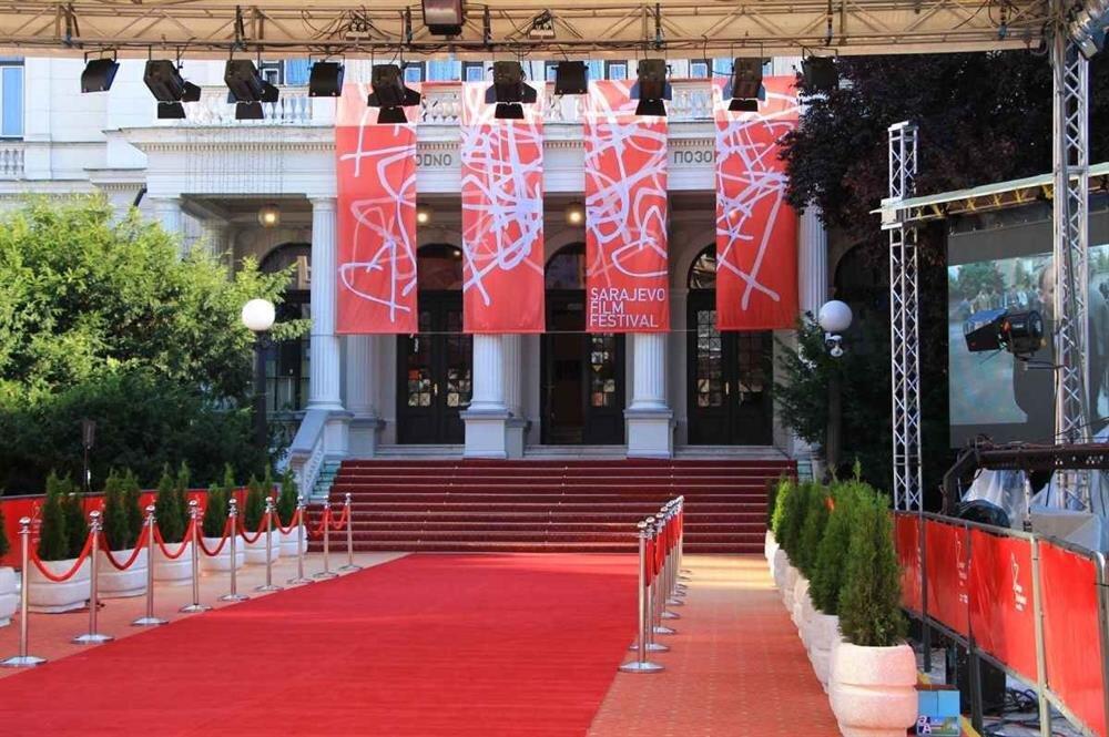 Programımızı 2017 Saraybosna Film Festivali'nde Saraybosna'da olacak şekilde ayarladık.