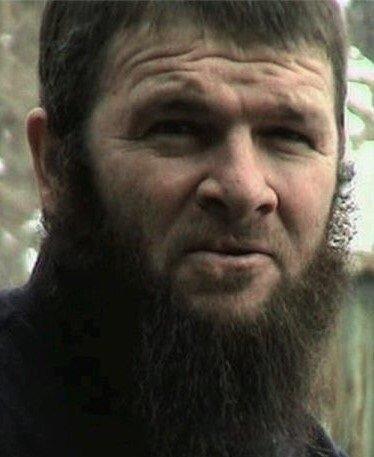 Dokko Umarov, Abdulhalim Sadullayev'in öldürülmesinden sonra kısa bir süreliğine Çeçenistan'ın başına geçti.