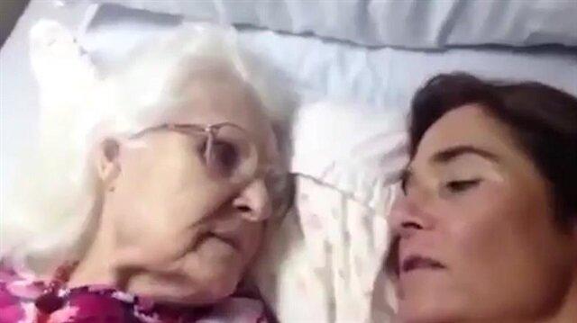 Alzheimer hastası anne ile kızının duygusal konuşması
