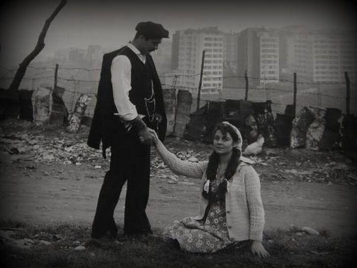 Keşanlı Ali Destanı filminde Fikret Hakan ve Fatma Girik başrolde yer almıştı