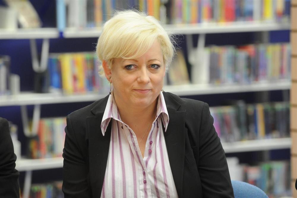Birleşik Krallık Parlamentosu Üyesi Jackie Doyle-Price kurulan özel komitenin başkanlığını yapacak.