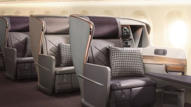 Singapur Havayolları'nın yeni A350-900 ULR uçağında birinci sınıf koltukları