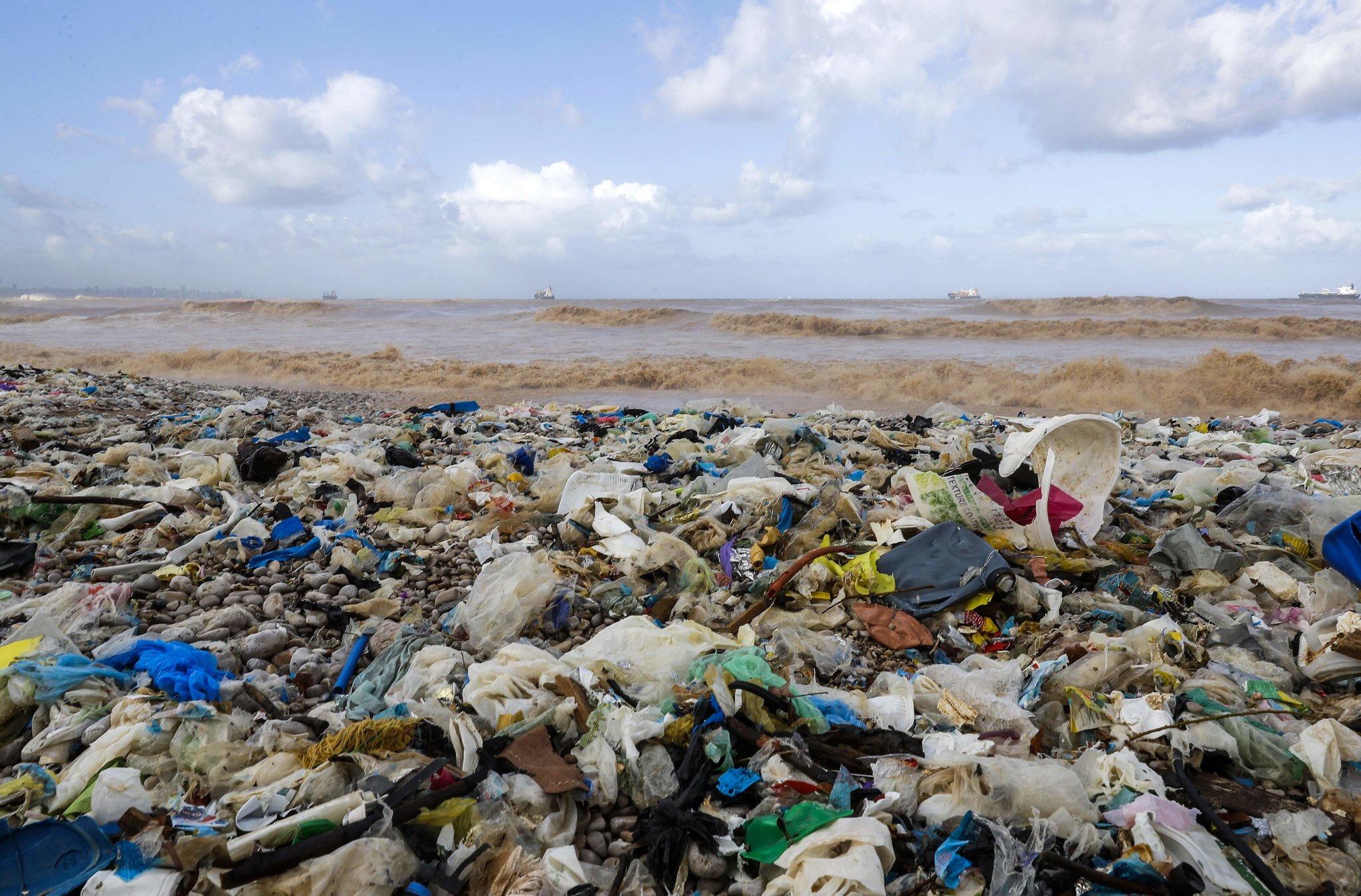 Lübnan, ciddi bir çevre kirliliğiyle mücadele ediyor.