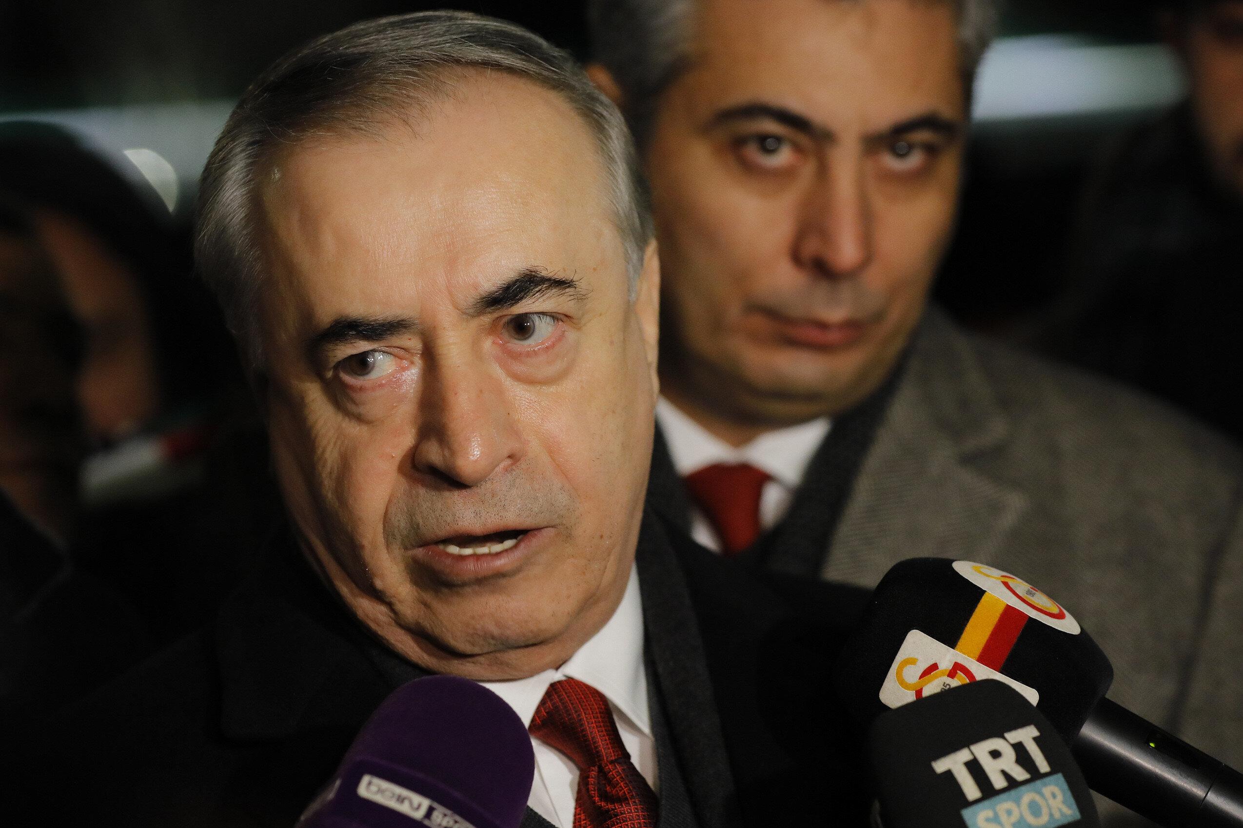 Mustafa Cengiz basın mensuplarının sorularını yanıtlıyor...