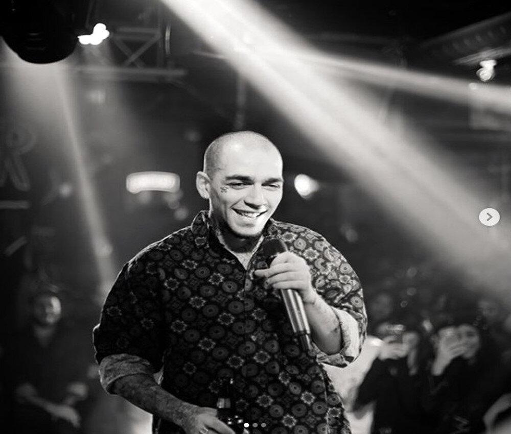 Ezhel, popüler şarkılarıyla da Spotify'ın listesine damga vurmayı başardı.