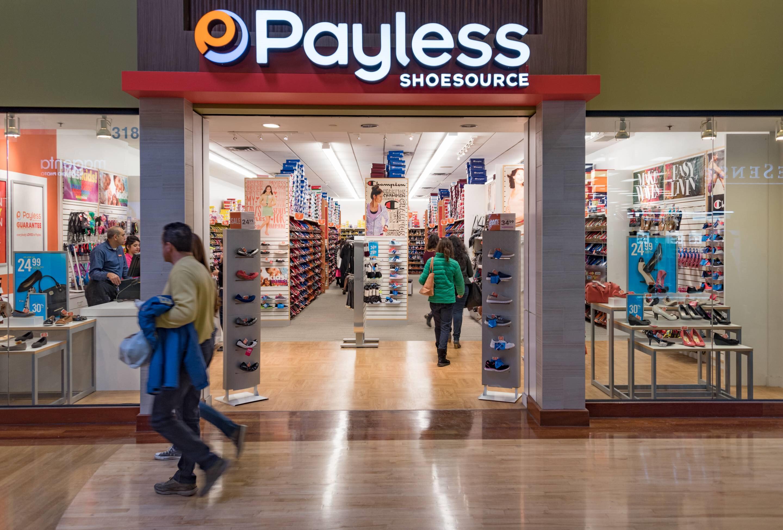 Müşterilerine ürettiği ucuz ve kaliteli ayakkabılarla hizmet veren Payless Shoesource mağazası.