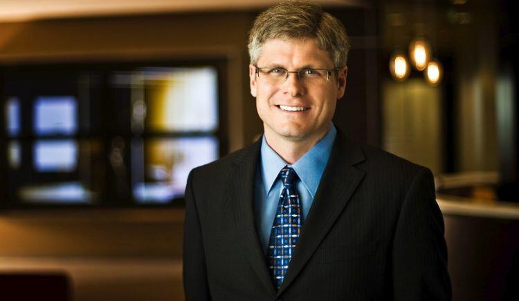 Qualcomm CEO'su Steven Mollenkopf, şirketin tüm hamlelerini bizzat yönetiyor.
