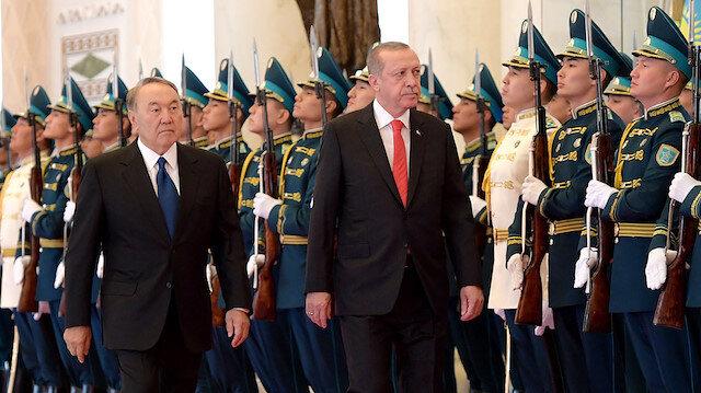 Erdoğan, Nazarbayev'i 'Türk dünyasının aksakalı' diye tanımlamıştı