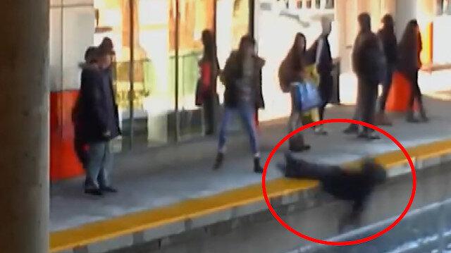 Tren geldiği sırada yaşlı kadını raylara iten zanlıya 5 yıl hapis!
