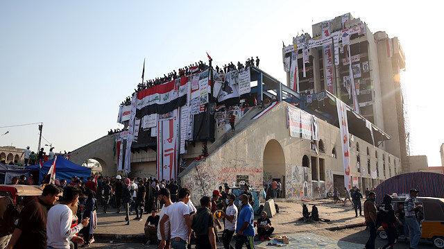 """Bağdat'ta göstericilerin kalesi: """"Türk Lokantası"""""""