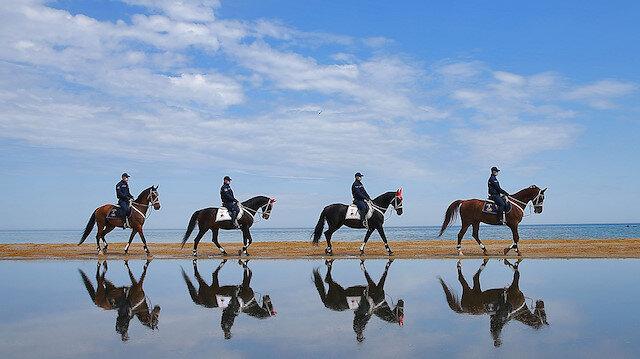 Atlı jandarma timleri İstanbul'daki sahilleri denetledi