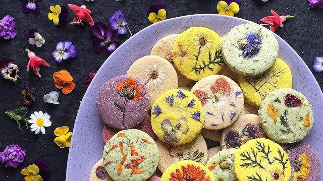 Çiçeklenen kurabiyeler 🌼