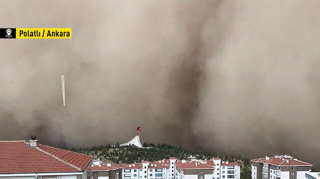 Ankara'da kum fırtınası: Göz gözü görmez oldu