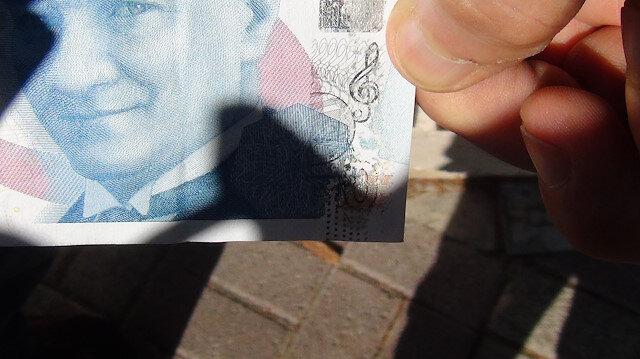 Bankadan çektiği parayı görünce şaştı kaldı