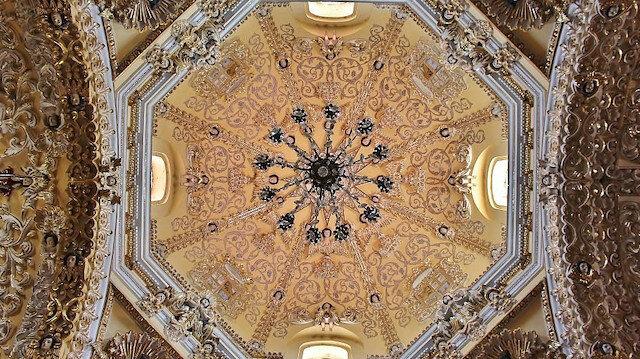 Dini yapıların kubbe mimarisi