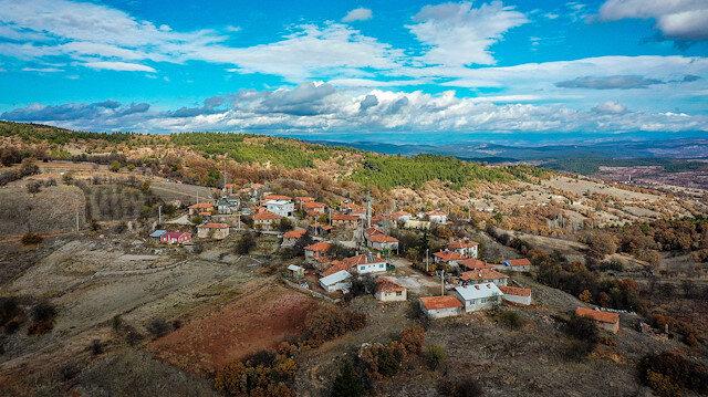 Salgın öncesi 4 kişinin yaşadığı köyün nüfusu 10 katına çıktı