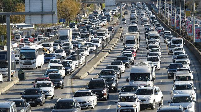 Hafta sonu kısıtlamasına saatler kala trafik yoğunluğu arttı