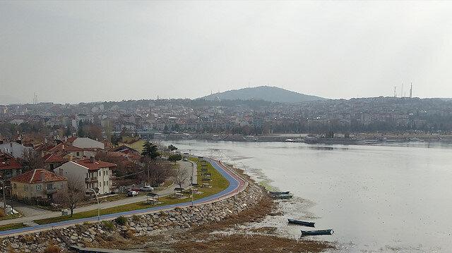 'Suyu 50 metre çekilen Beyşehir Gölü ağlıyor'