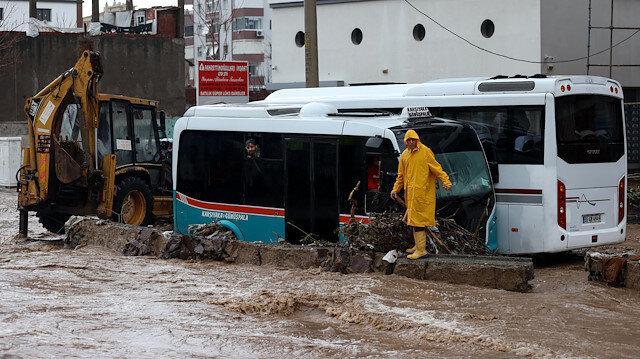 Selin vurduğu İzmir'den görüntüler