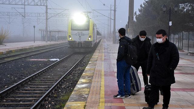 Koronavirüs nedeniyle seferler iptal edilmişti: Kapıkule-Halkalı treni, bir yıl sonra sefere başladı
