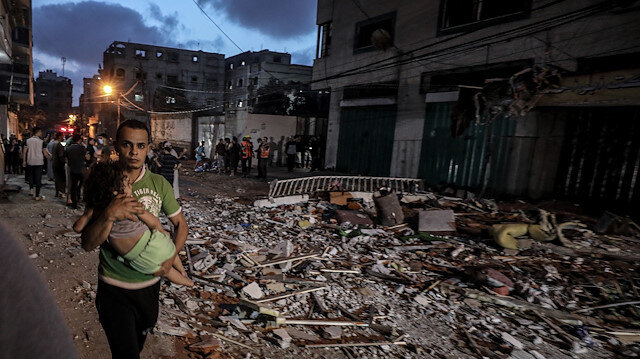 İsrail'in Gazze'ye hava saldırısının boyutu gün ağarınca ortaya çıktı