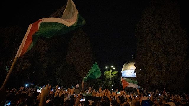 Filistinliler, Hamas ile İsrail arasında varılan ateşkesi kutluyor